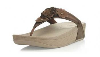 Womens Fitflop Fiorella Sandals Bronze Thong